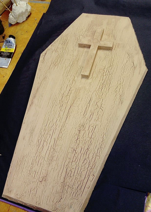Puppet sized coffin build