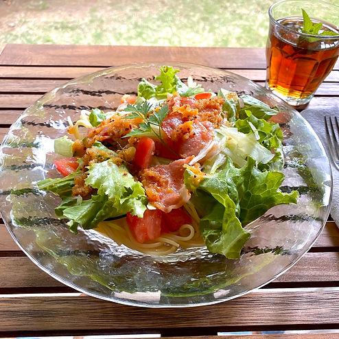 ベーコンと夏野菜のサラダスパゲティferie.jpg