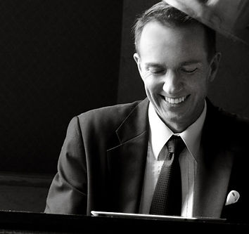 Greg Lee Piano Player