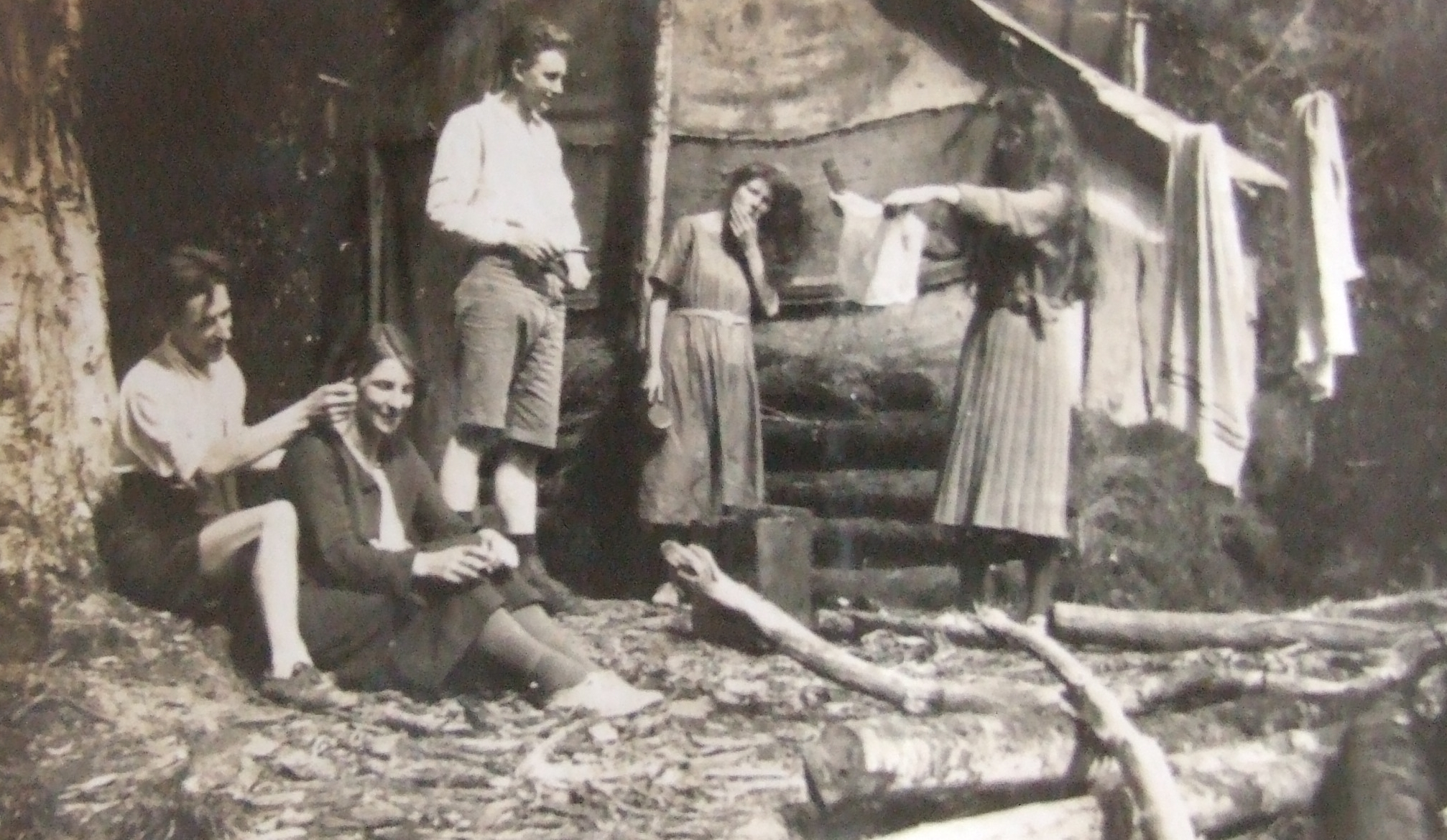 'Toilet Scenes' 1922 Baines Hut