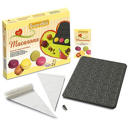 macaron gift box, macaron presentation box, macaron gifts, macaron making ideas, home baking gifts, gifts for bakers