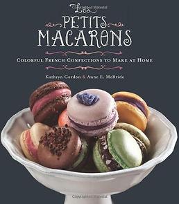 les petits macarons, macaron books, macaron gifts, macaron making ideas, home baking gifts, gifts for bakers