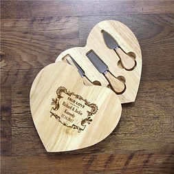 personalised cheeseboard, personalised wedding cooking gifts, personalised wedding kitchen gifts, personalised mr and mrs cooking gifts, engraved wedding kitchen gifts, engraved chopping boards for wedding, engraved kitchen wedding gifts, home baking