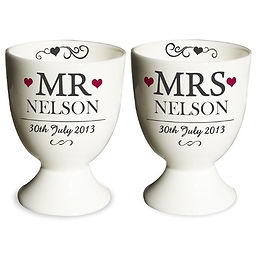 personalised egg cups, mr and mrs egg cups, wedding egg cups, baking gifts for newlyweds, kitchen gifts for newlyweds, kitchen gifts for weddings, wedding kitchen gifts, wedding cooking gifts, home baking gifts, gifts for bakers, baking presents