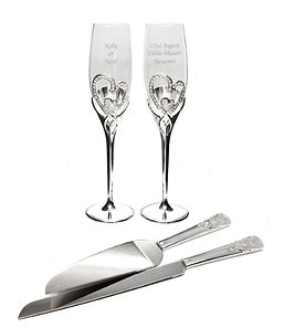 personalised wedding flutes, personalised cake server set, baking gifts for newlyweds, kitchen gifts for newlyweds, kitchen gifts for weddings, wedding kitchen gifts, wedding cooking gifts, home baking gifts, gifts for bakers, baking presents