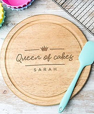 personalised baking gifts, personalised baking presents, engraved baking gifts, personalised mixing bowls, personalised cake tins, personalised gifts for bakers, personalised chopping boards, popular personalised baking gifts, home baking gifts, gifts for bakers, baking presents, baking gifts