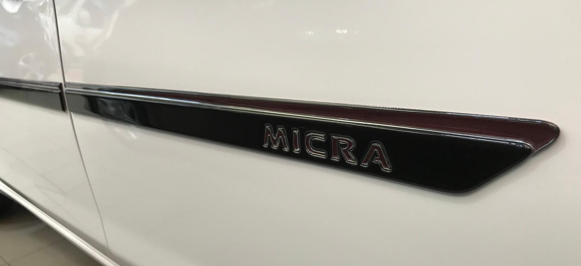 Moulure milieu de porte pour Nissan Micra