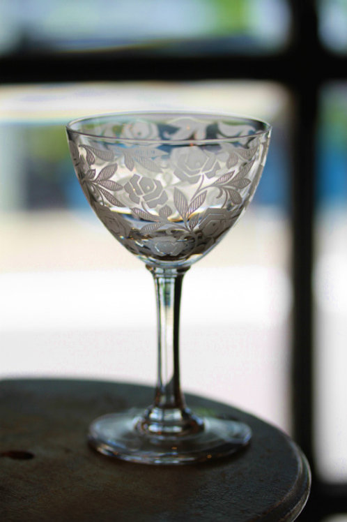 WINE GLASS  M ROSE