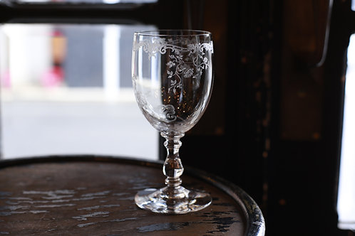 BACCARAT  LOUIS XV   WINE GLASS   L