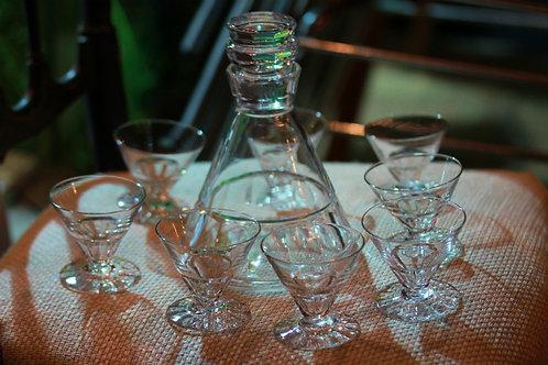 GLASS LL 8 GLASS & DECANTER