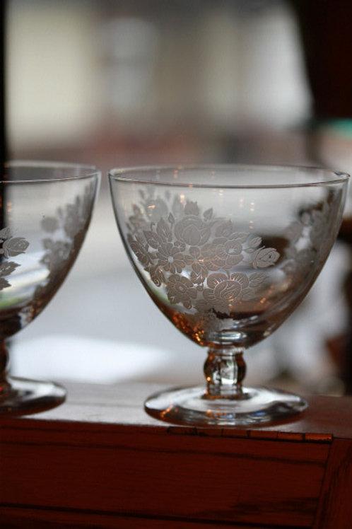 WATER GLASS L