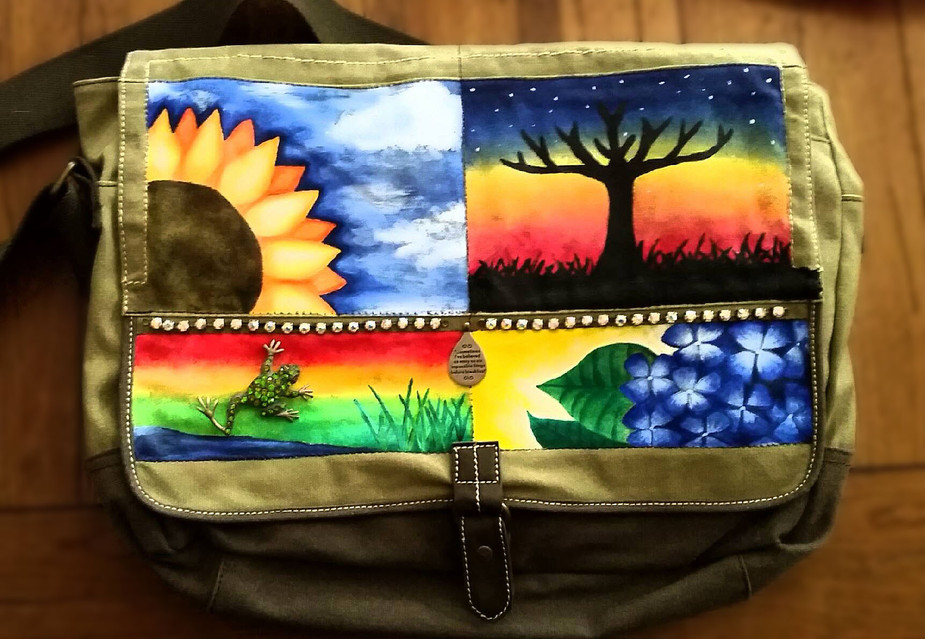 Painted Canvas Bag (Acrylic)