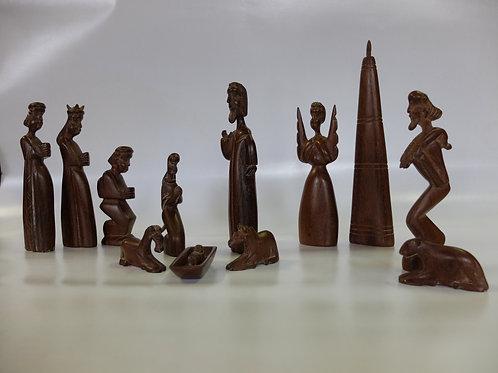 Presepe in legno 12 pezzi dal Malawi