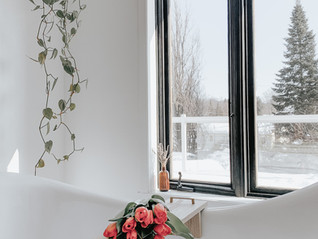 DIY window frames spray painting