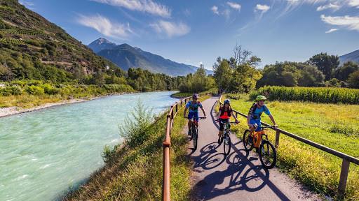 Sentiero Valtellina. Un percorso dall'alta alla bassa Valtellina. E viceversa.