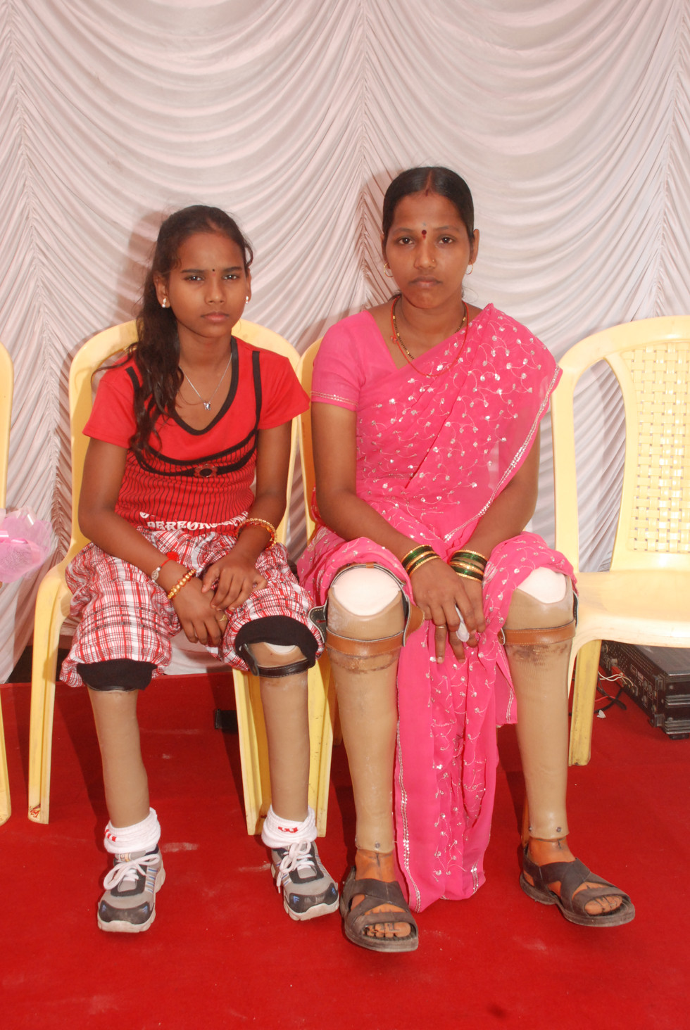 Jaipur Feet for the ladies.JPG