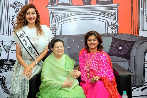 12. Chief Guests Fest 2019 - Ms Maadhuri Sharma, Smt Rajshree Birla _ Pinky Shetty of the