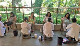 Relaxing through foot massage