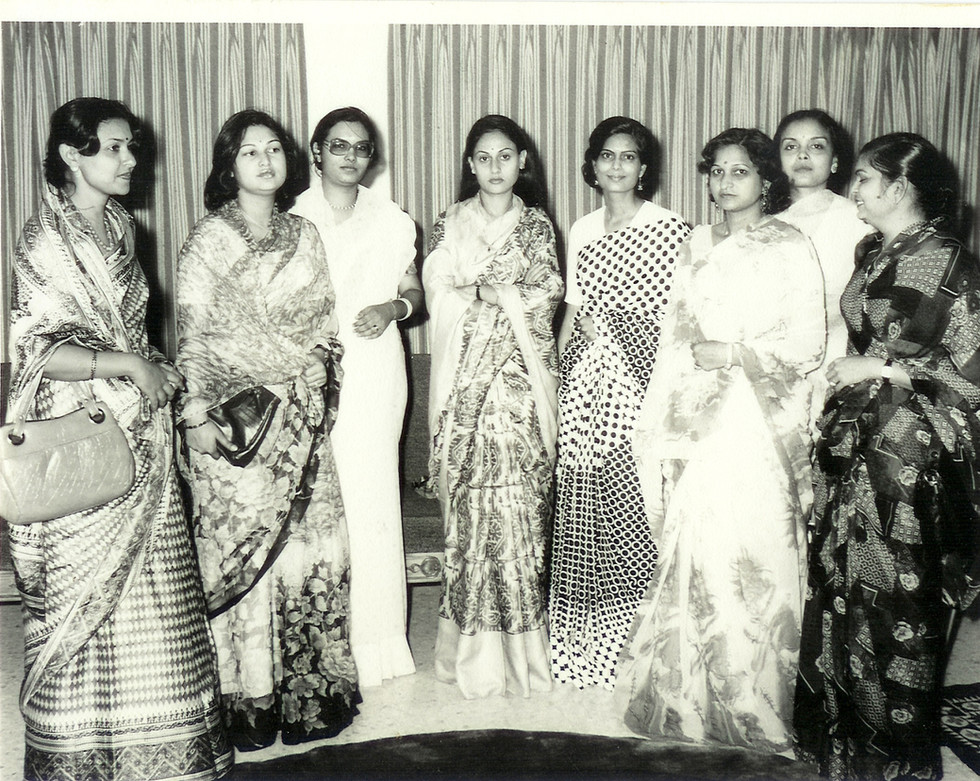 Members with Jaya Bachchan