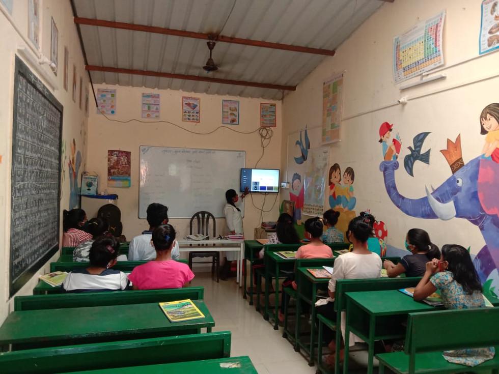 7. Masked Students, listening attentivel