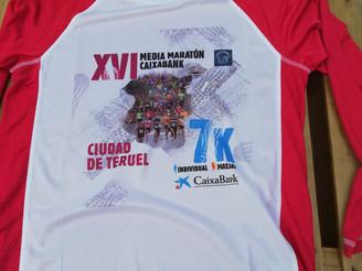 Recibidas las camisetas para la XVI Media Maratón CaixaBank Ciudad de Teruel.