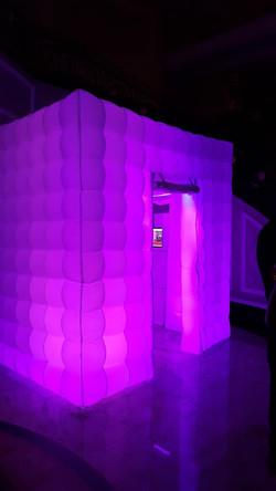 inflatble glow enclosure