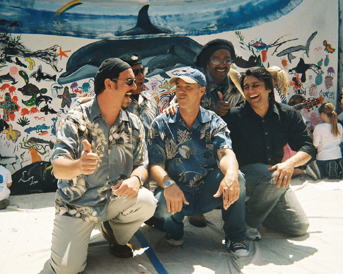 "Panjive working with famous Artist/Muralist ""Wyland"""