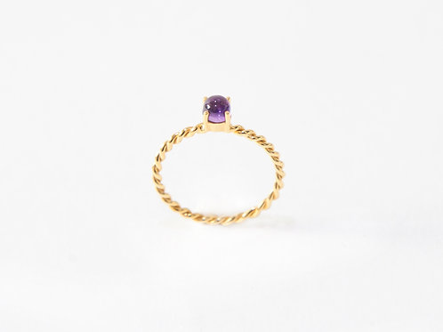 Cabochon The Series Ring in 18k yellow gold