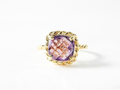 Amethyst Liana Ring in 18k yellow gold