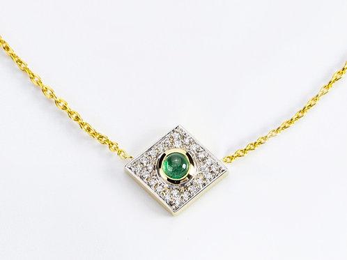 Emerald Akka Necklace