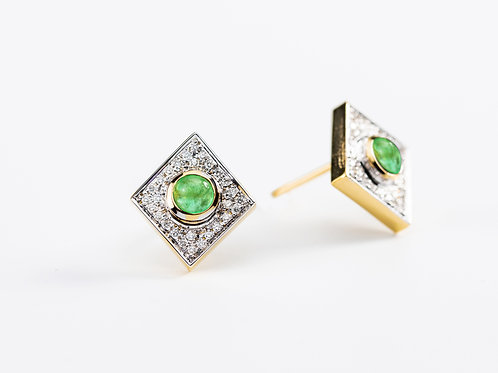 Emerald Akka Earrings