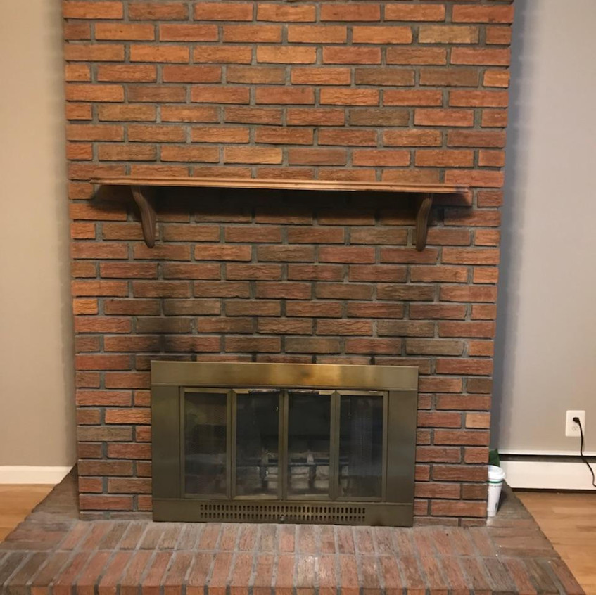clark-fireplace-before