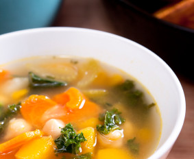 Staying Healthy in cold & flu season – Naturally! (Part 2): Immune Boosting Soup Recipe