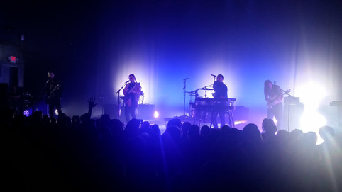 Concert Review: CD102.5 Day Side B - Local Natives, Run River North, Deap Vally, The Regrettes, &amp