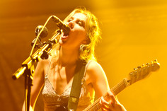 Concert Review: Wolf Alice at the Newport Music Hall