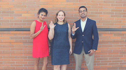"""Members of SGA Judicial Branch holding their hands up to form the letter """"L"""""""