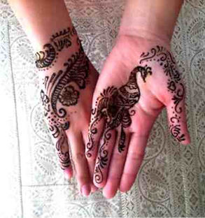 henna catherines hands 1.jpg