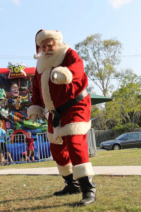 Santa Rod at Christmas Event