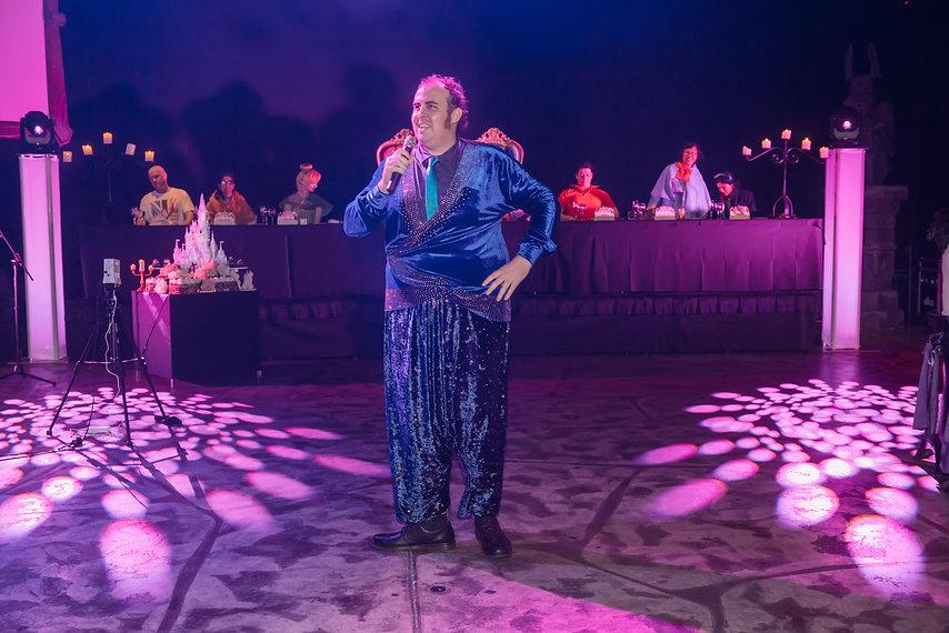 Matt Nisbett Singing