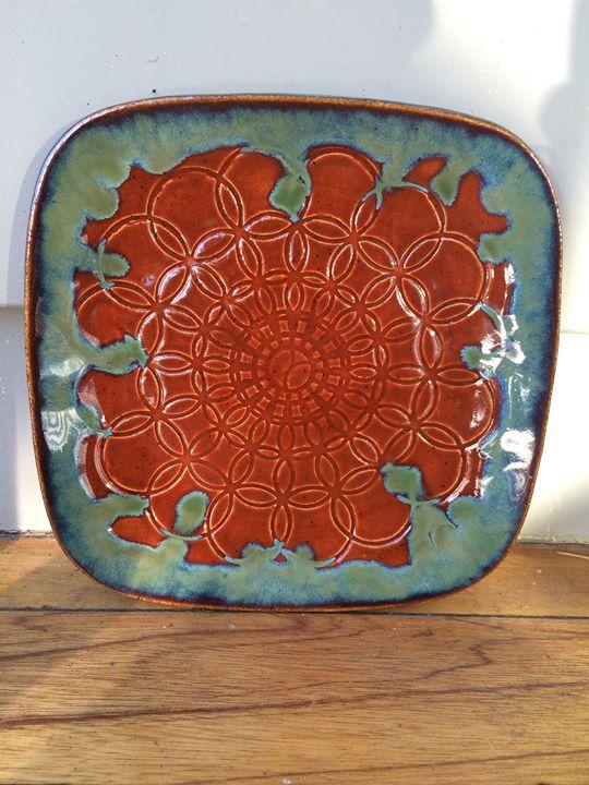 red mandala plate