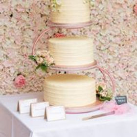 cake and flower wall.jpg