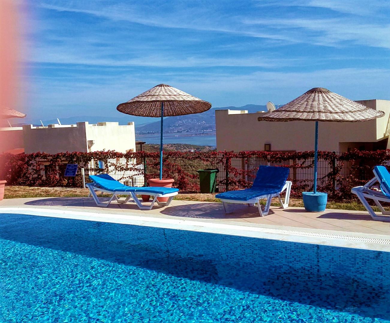 the pool near the apartment.jpg