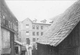 puppenfabrik-scherf-um-1910.jpg