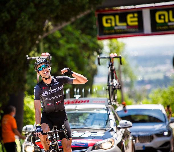 Fabio Cini vince Alé La Merckx 2021.jpg