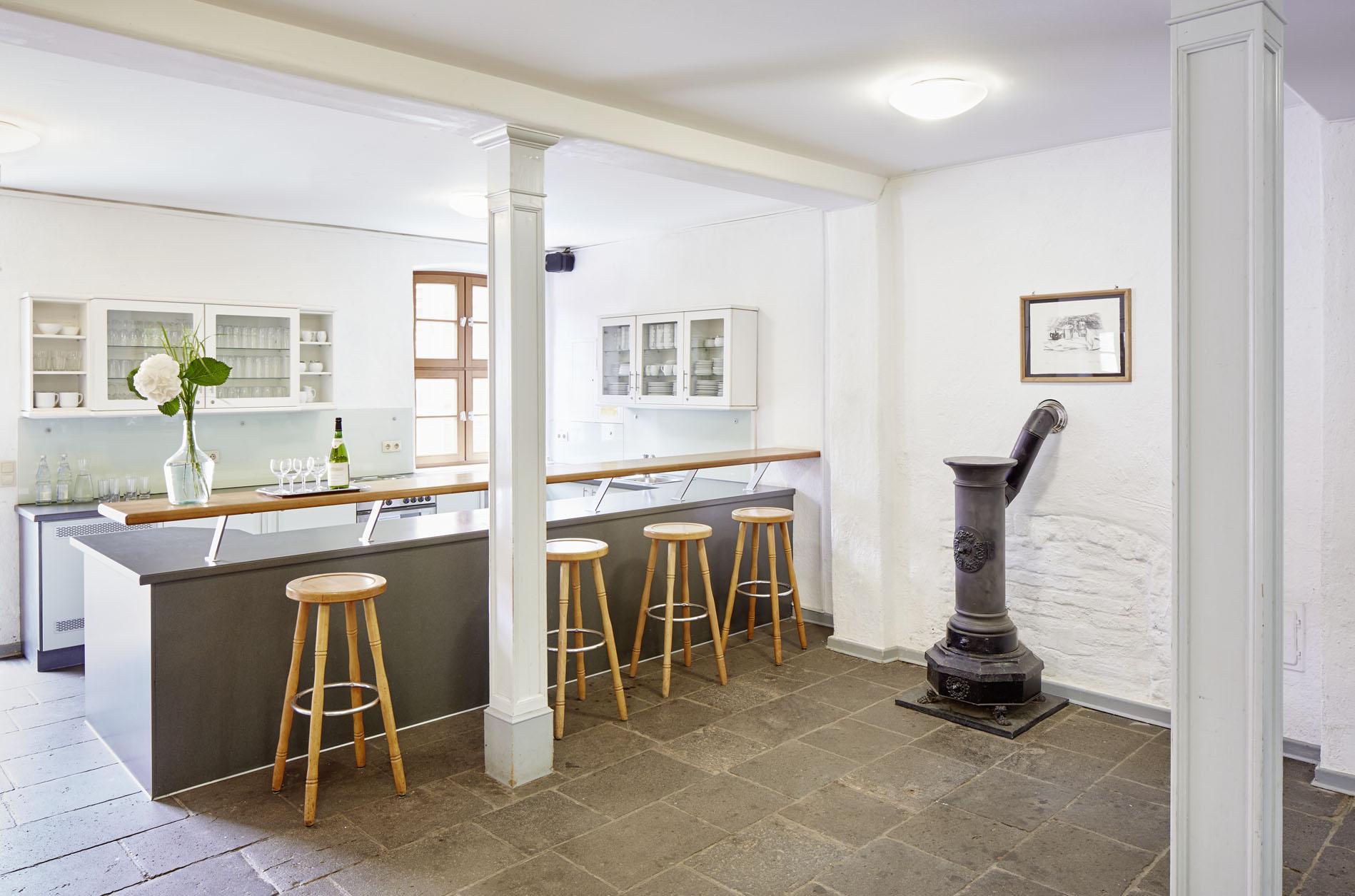 Herrenhaus- Foyer mit Theke