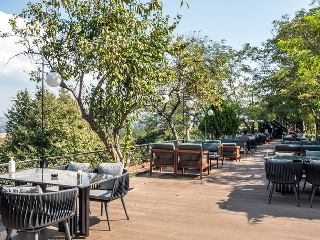 West34 Restaurant & Lounge