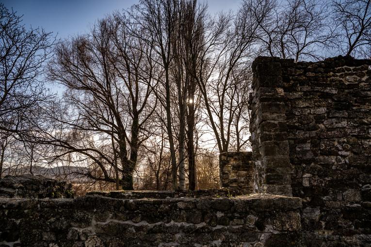 Kövesdi templomrom, Aszófő