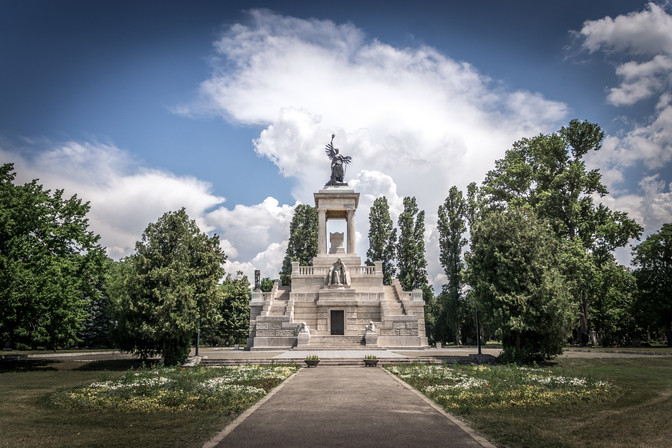 Fiumei Úti Sírkert - Kossuth Lajos mauzóleuma