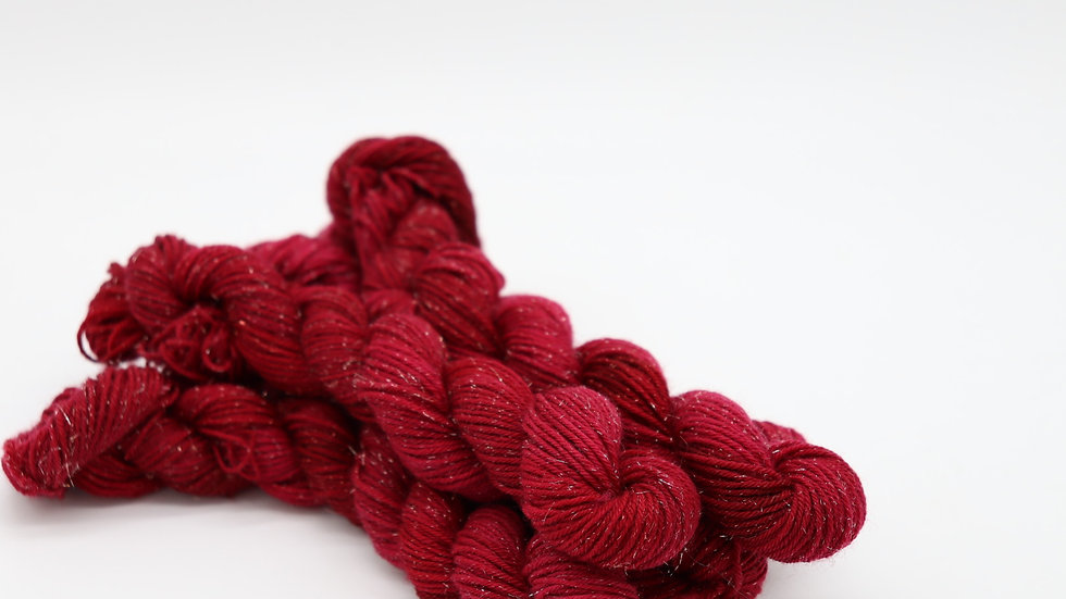 Woolishes StarDust - rot (80m/20gr.)