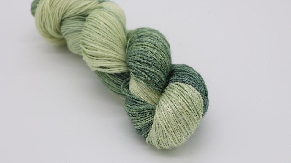 Woolishes KiltGreen (425m / 100g)